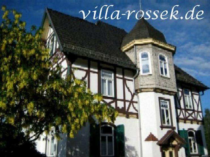 Das Geschenk zu Weihnachten - ein Gutschein der Villa Rossek in Bad Liebenstein!