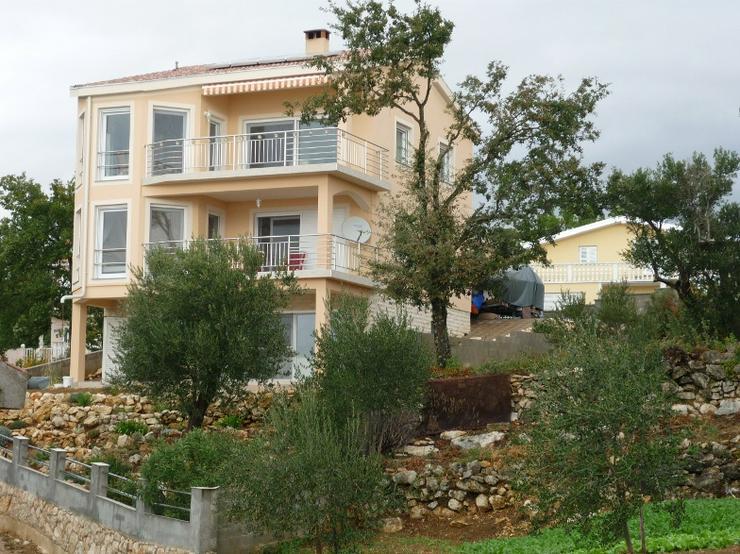 Kroatien am Meer Ferienhaus mit Einliegerwohnung