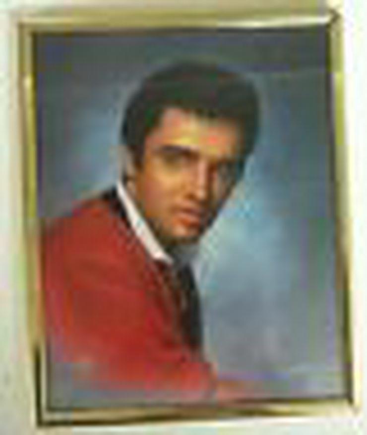 Bild 2: Elvis Presley Spiegel und Bild hinter Glas.  noch einmal reduziert (FP)
