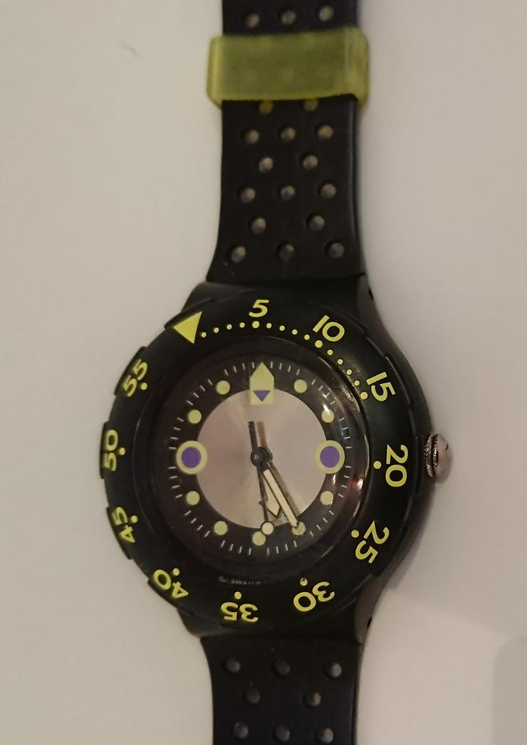 Bild 3: Swatch Scuba 200 Shamu Black Wave SDB102 - 1992