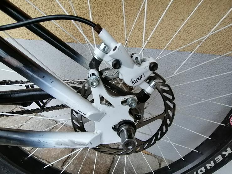 Bild 4: YT Industries First Love Dirt Jump Bike