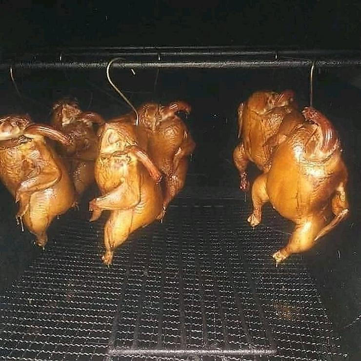 Bild 2: Pute.Hähnchen gebacken.gekasslert Grillente u Hähnchen