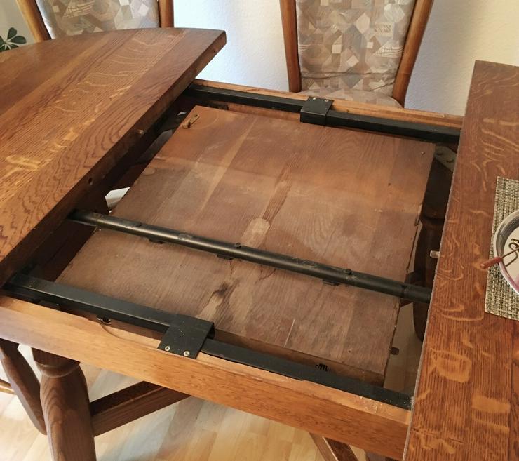 Bild 4: Schöner rustikaler Eichentisch mit 6 Stühlen