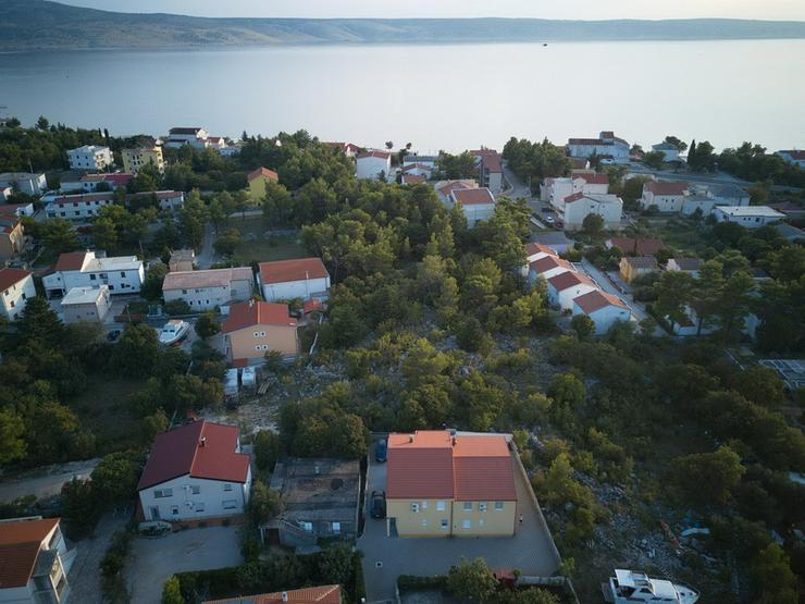 2 Wohnungen in Starigrad-Paklenica Kroatien am Meer Anlage Haus 2 Wohnungen in Starigrad-Paklenica Kroatien am Meer Anlage Haus