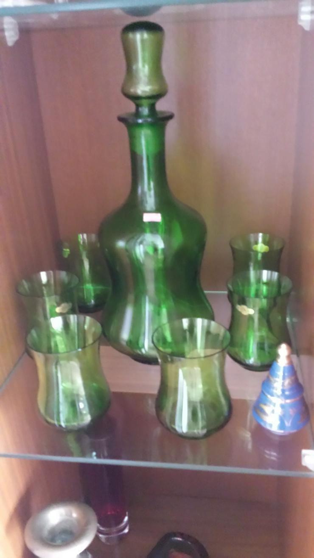 2 Glaskaraffen mit 6 Gläsern