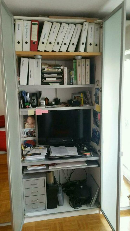 IKEA PAX Büroschrank mit Glastüren und Beleuchtung
