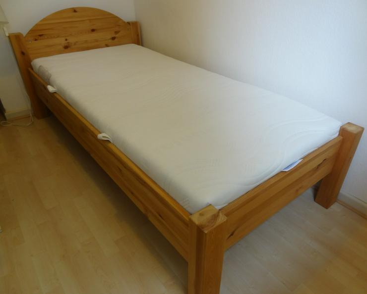 Massivholz Bett gebeizt 90x200cm mit Lattenrost + Matratze