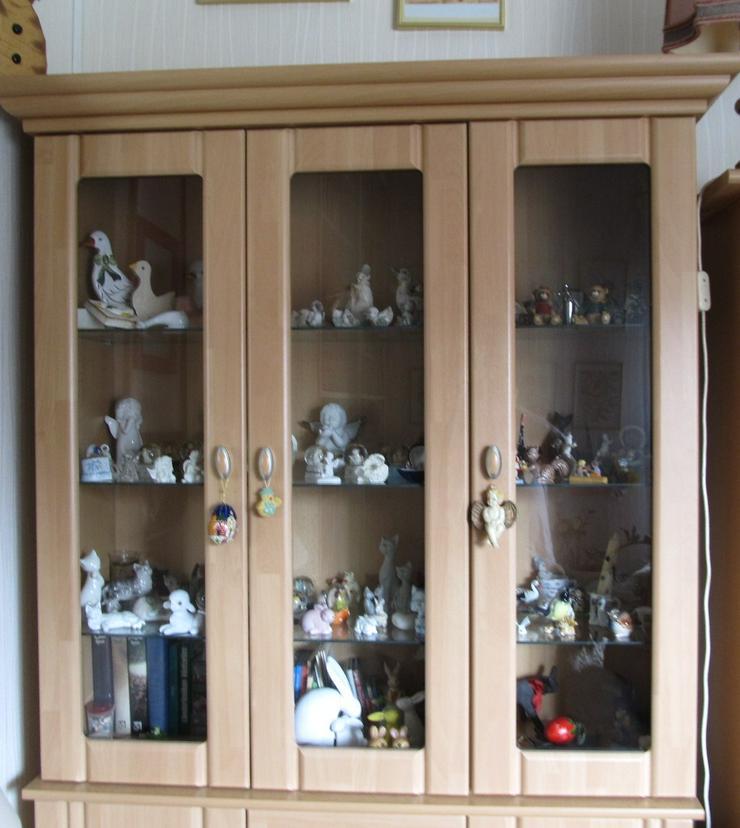 2-teiliger Vitrinen-Schrank, obe Glastüren, unten Türen + Schubladen
