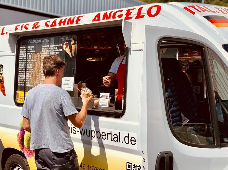 Bild 9: Eiswagen mieten NRW Wuppertal Hochzeit Messen Veranstaltungen Firmen Jubiläum Feste