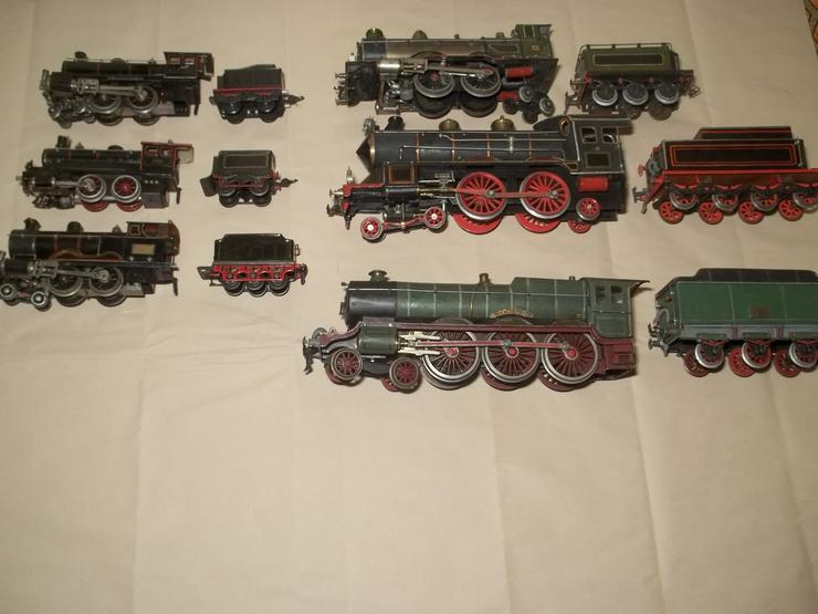 Antiker Märklin und andere Lokomotivsammlung