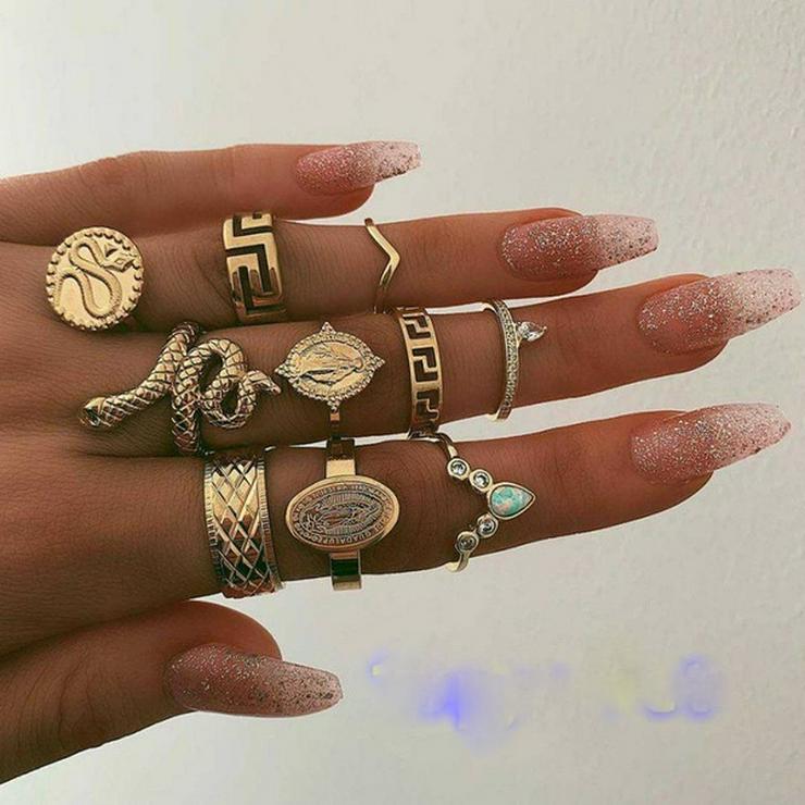 10-teiliges Ringe Set für trendy Look - siehe Fotos NEU/OVP