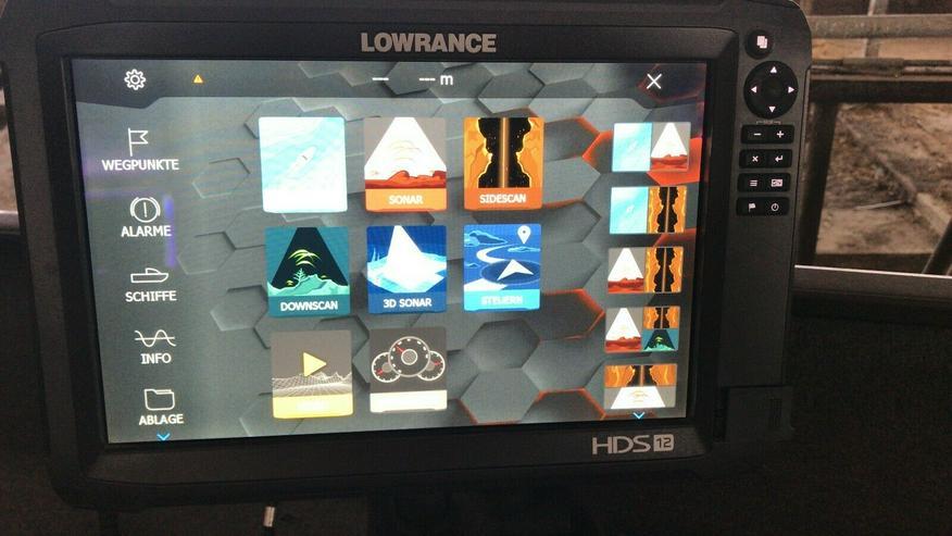 Bild 4: Lowrance HDS 12 Carbon Echolot Worldversion