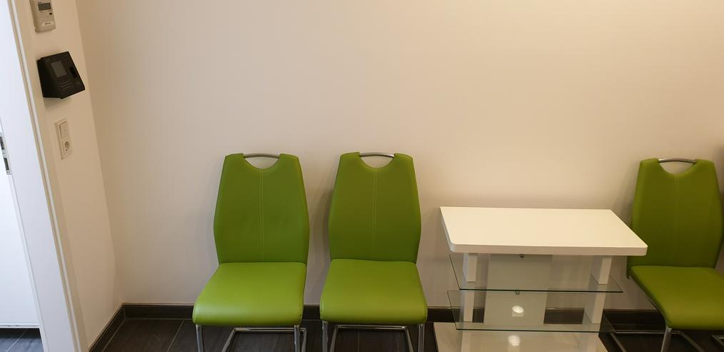 SCHWINGSTUHL Apfelgrün, moderne Freischwinger im Chrom & Lederlook 4x - Stühle & Sitzbänke - Bild 1