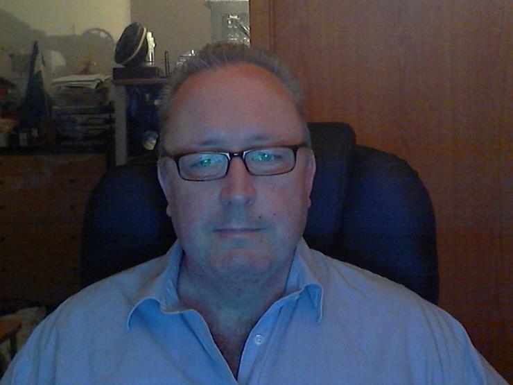 Mann, 56 Jahre, heterosexuell, sucht Frauen zwischen 21 und 50 Jahren für Sextreffen oder eine feste Beziehung