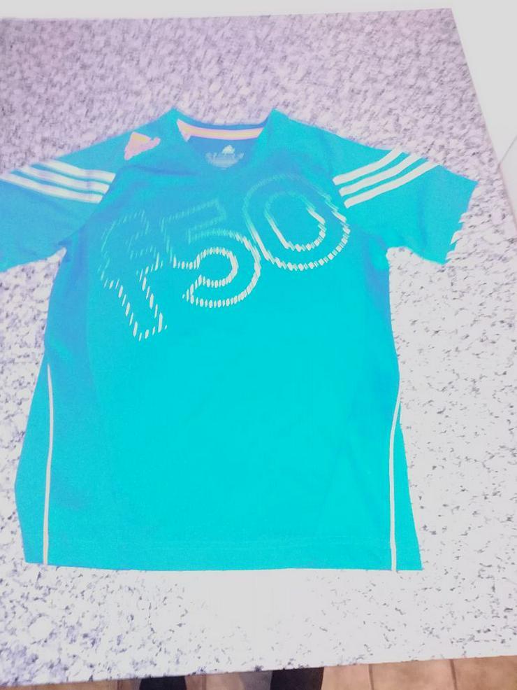 Adidas T-shirt Gr. 152 - Shirt, Pullover & Sweater - Bild 1