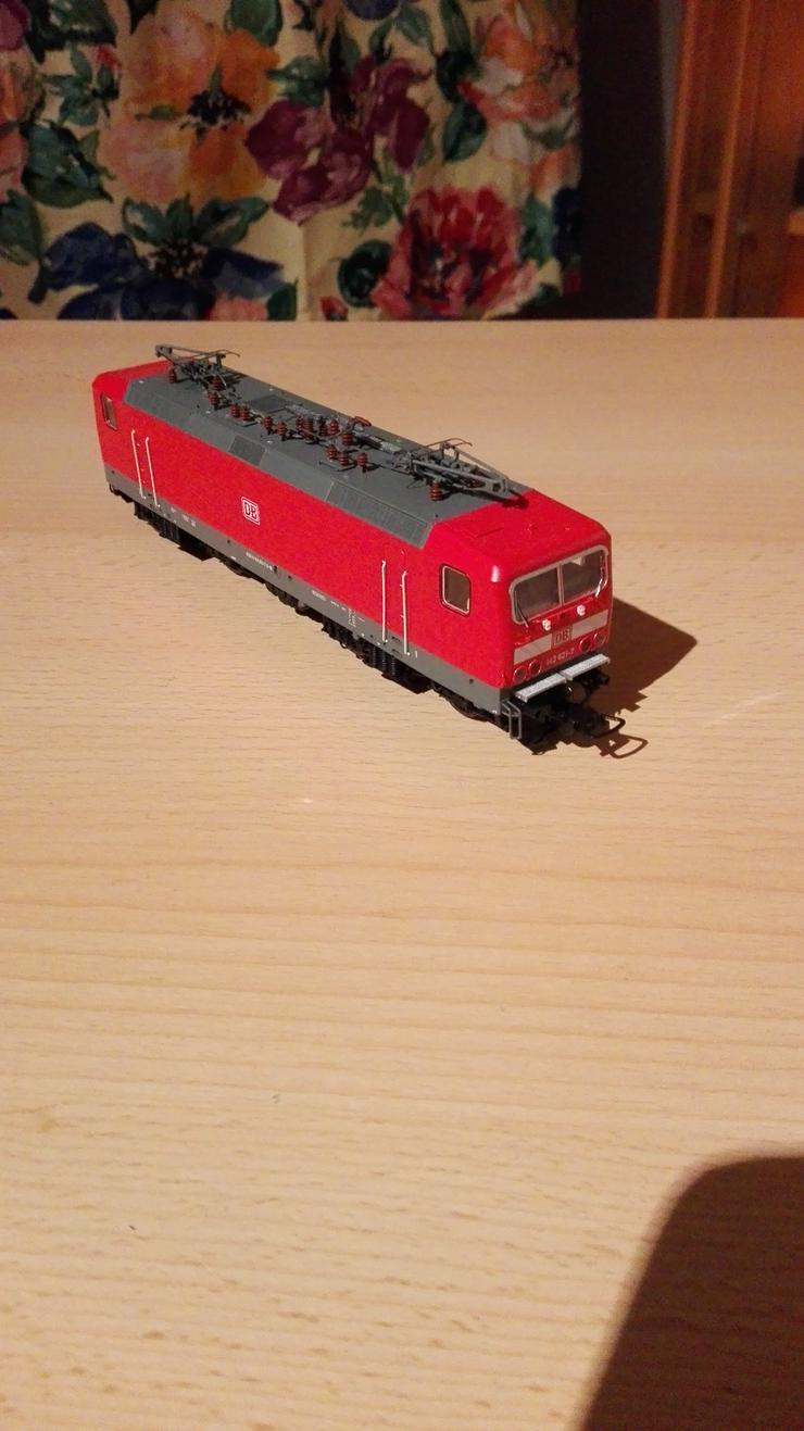 Lok  BR 143 DC Gleichstrom