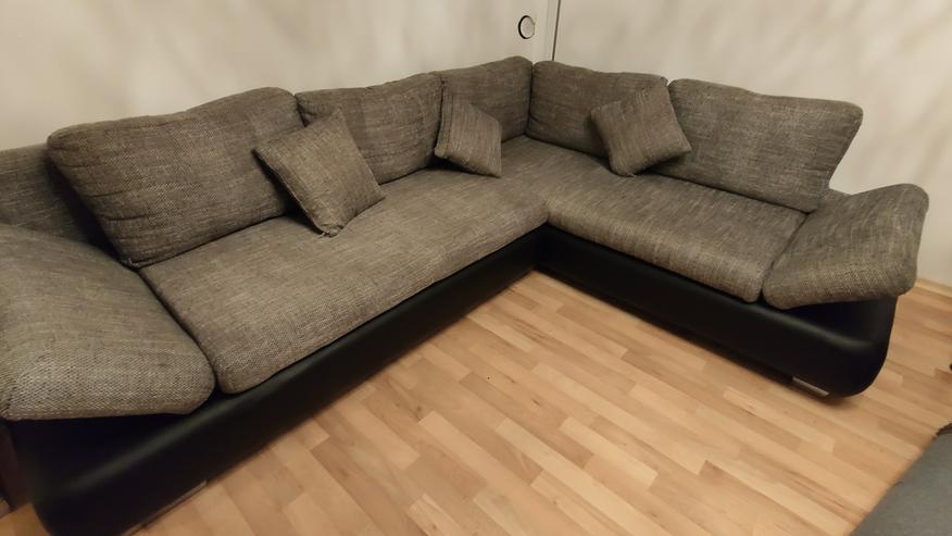 Schönes Sofa mit Schlaffunktion und Bettkasten Ecksofa