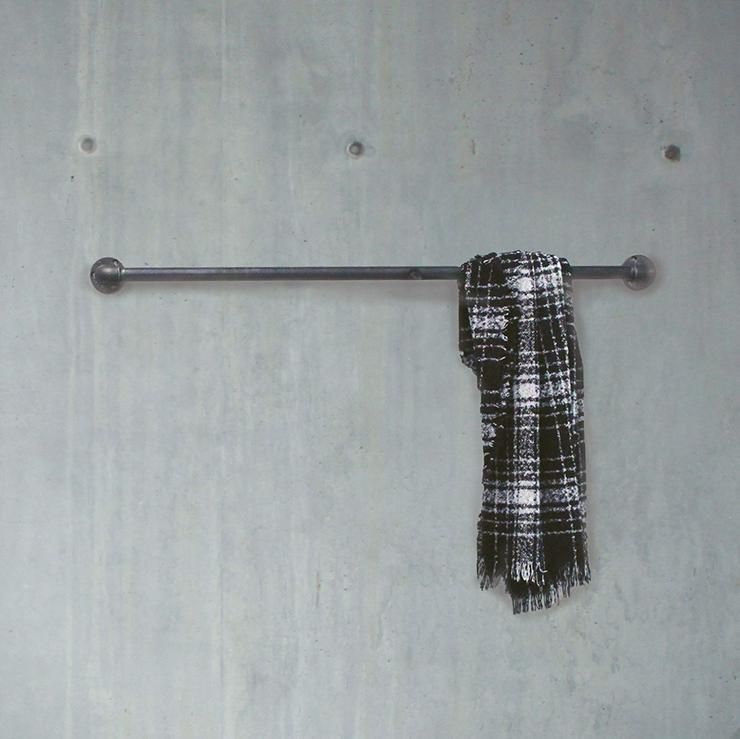 Stylische Kleiderstange im Industrial Look / Marke Keeva