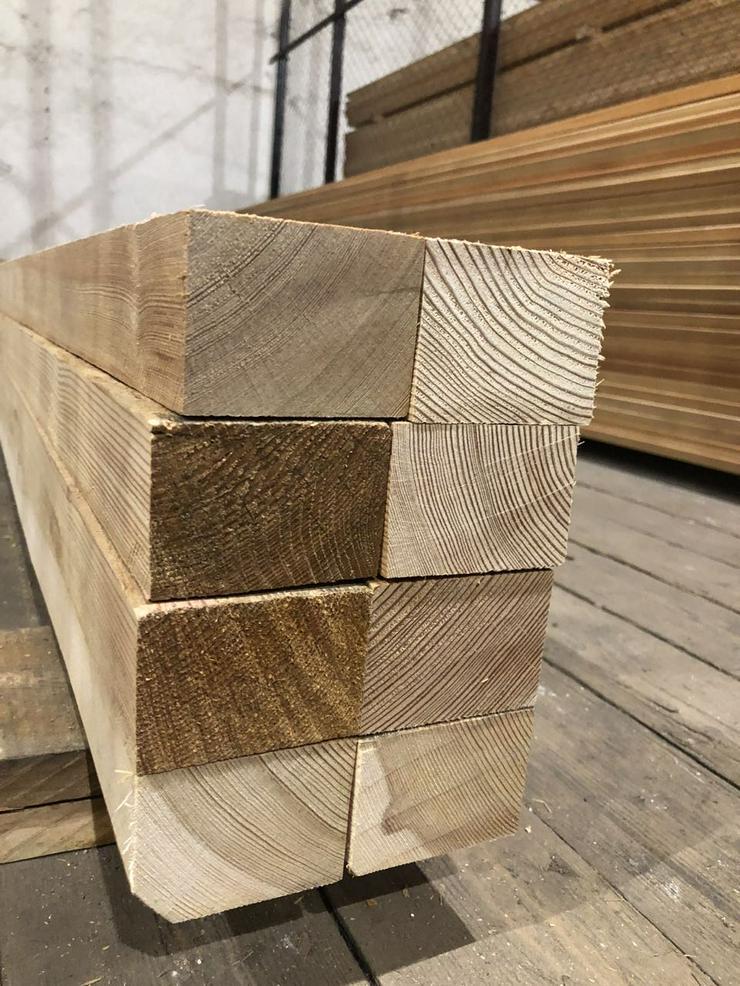Bild 2: Sibirische Lärche Holzbalken, Sibirische Lärche AB Sortierung.