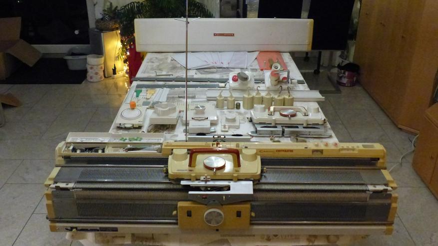 Strickmaschine Empisal Knitmaster Mod. 360K