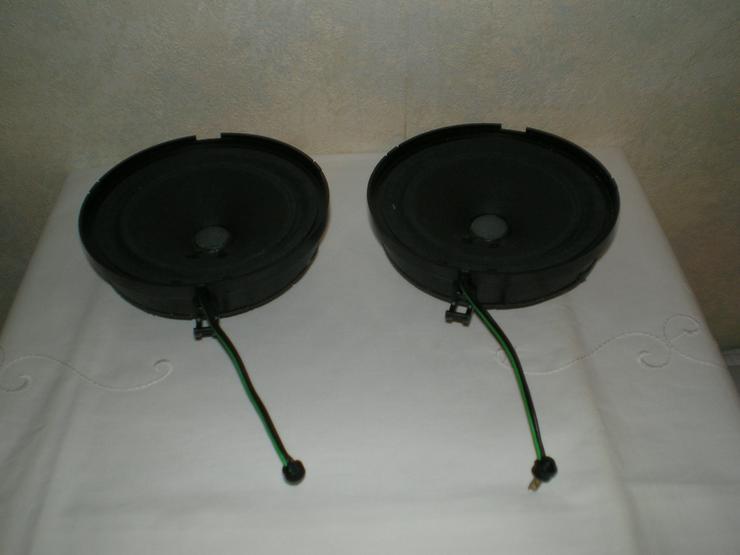 Original Mercedes Lautsprecher + andere Einbau-LS