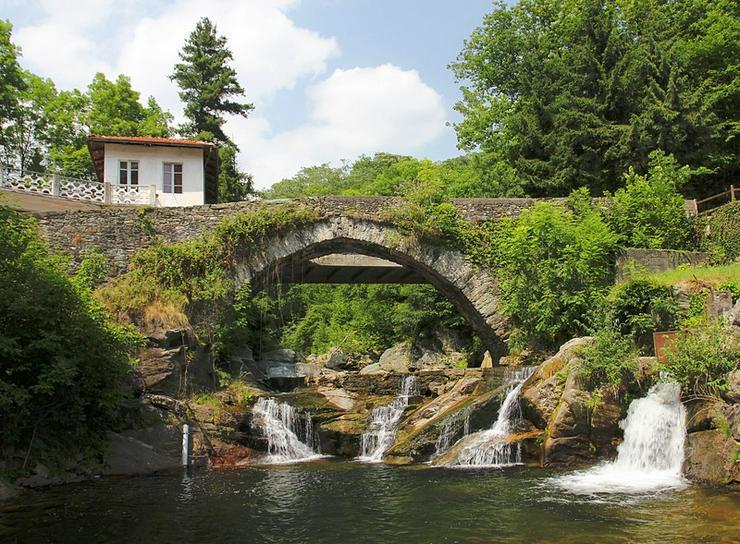 zu restaurierende Natursteinhäuser in Piemonte/Nord Italien