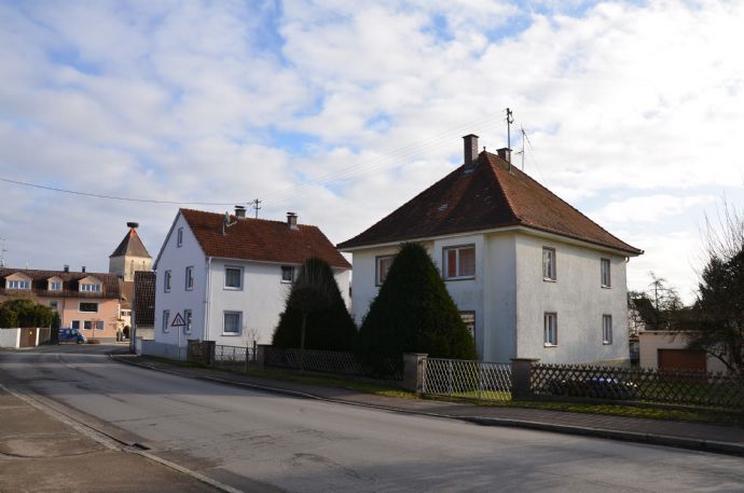 Grundstück mit renovierungsbedürftigem Haus und Werkstatt