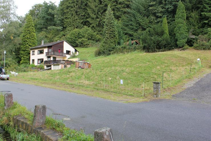 Idyllischer Bauplatz-Baugrundstück am Waldrand in ruhiger Lage