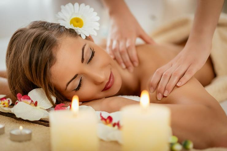 Bild 2: Massagen/manuelle Therapie