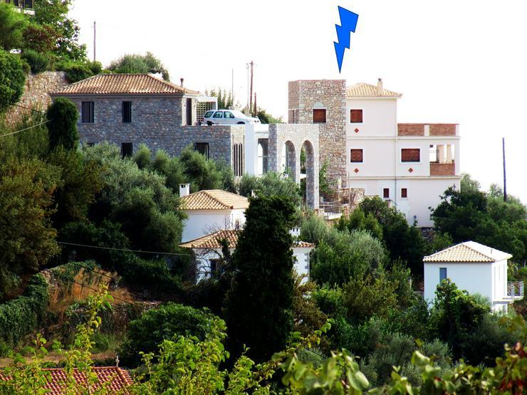 Ein/Mehrfamilienhaus von Privat in Griechenland zu Verkaufen