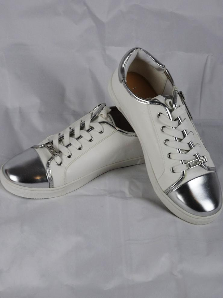 Bild 3: Sneakers von Lipsy London
