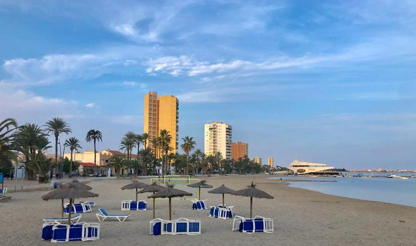 4-Zimmer Ferienwohnung 100m vom Sandstrand in San Javier, Spanien