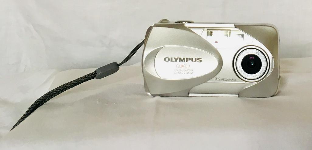 Digital Camera Kamera Olympus D-560 Zoom