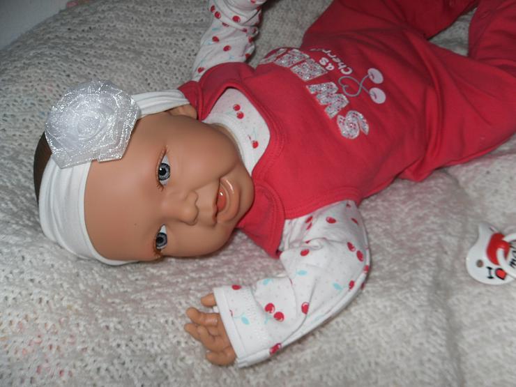 Bild 8: Doro Dolls Babypuppe Evelyn 52 cm mit Schnuller Spielpuppe Baby NEU