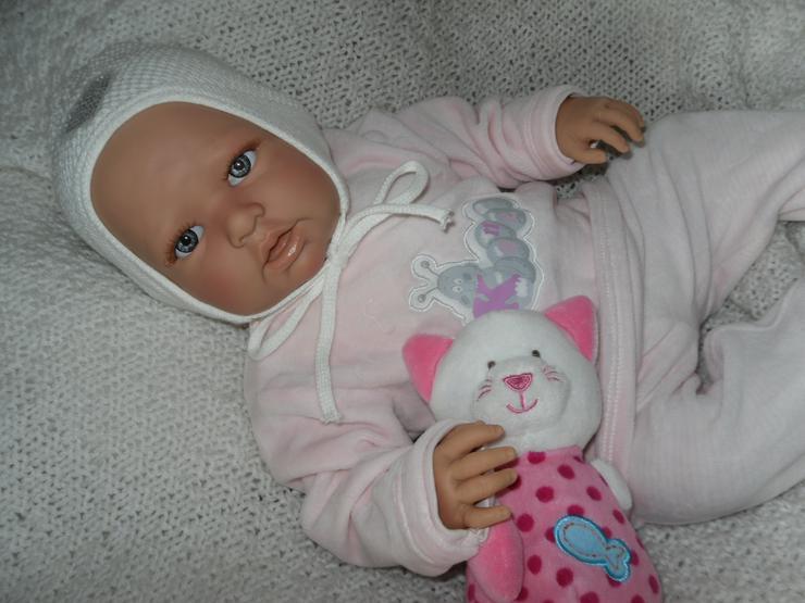 Doro Dolls Babypuppe Nina 52 cm mit Schnuller Spielpuppe Baby NEU