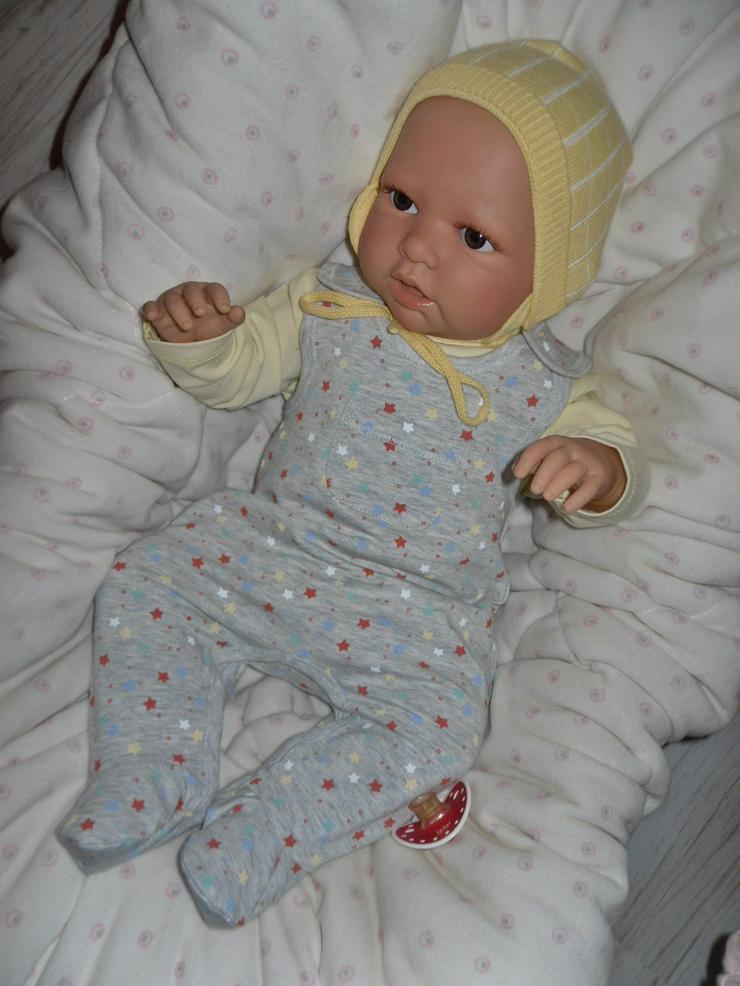 Doro Dolls Babypuppe Mona 50 cm mit Schnuller Spielpuppe Baby NEU