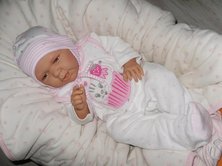 Doro Dolls Babypuppe Lene 52 cm mit Schnuller Spielpuppe Baby NEU