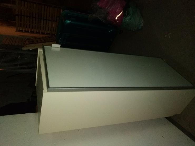 Schränkchen 106x40x28 weiß mit Glastür