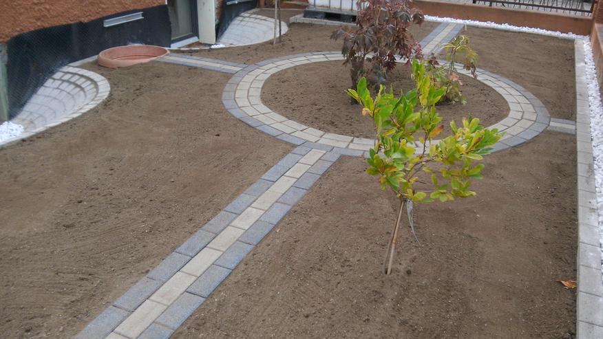 Pflaster Garten Terrasse Hof&Einfahrt Bagger