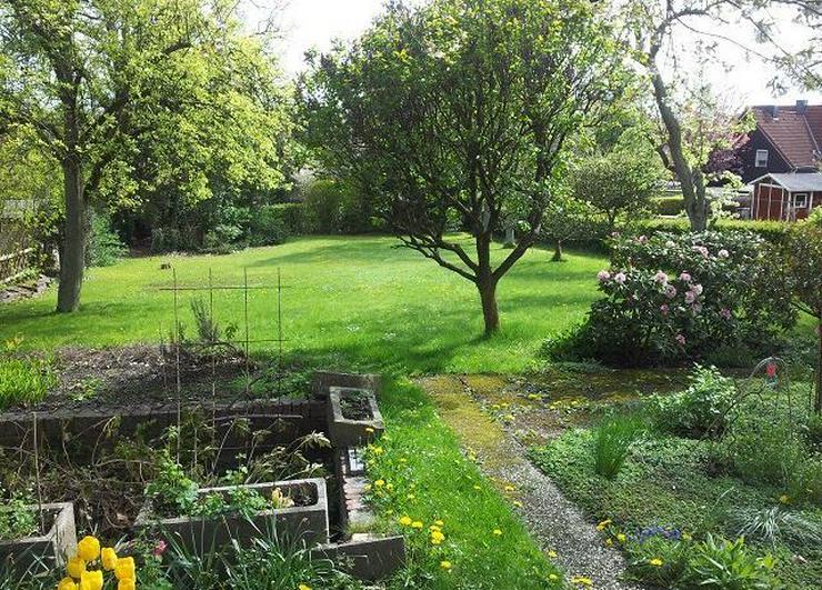 Bild 2:   *Gartenparadies* Haus mit Ladenlokal, Garage, Anbau und Gartenparadies!
