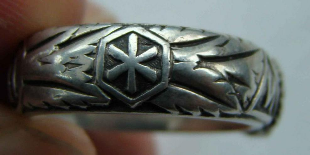 Bild 5: Silber Ring Totenkopf aus Wk2 (21.6.42)