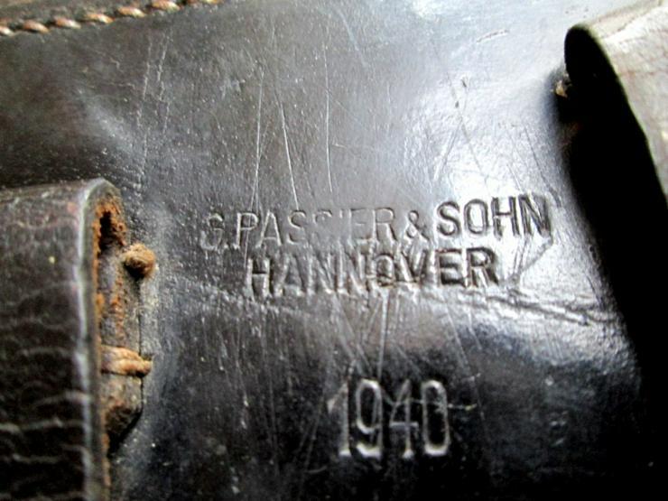 Bild 5: P08 Holster/Tasche 1940 + Mag aus Wk2