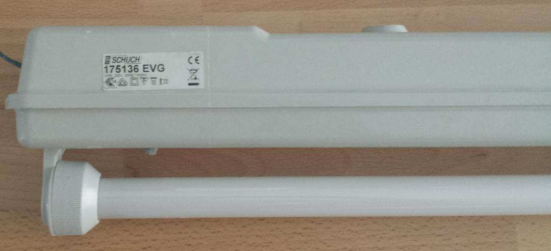 Bild 2: Garagenlampen, Kellerlampen, Röhrenleuchten.