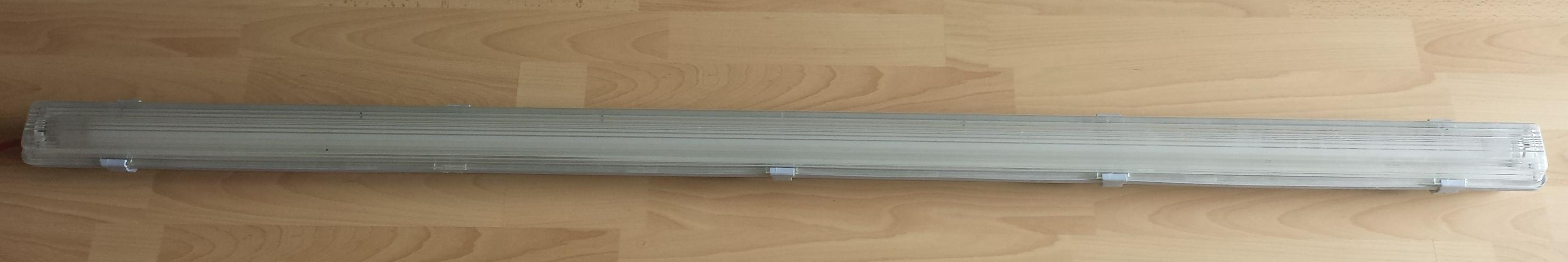 Bild 5: Garagenlampen, Kellerlampen, Röhrenleuchten.