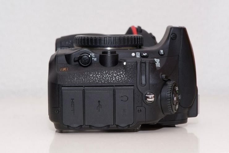 Bild 6: Nikon D810 Kamera in gutem Zustand