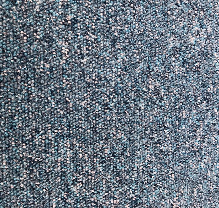 Bild 2: 137m2 Heuga 727 blau Teppichfliesen Achtung: 60X60cm