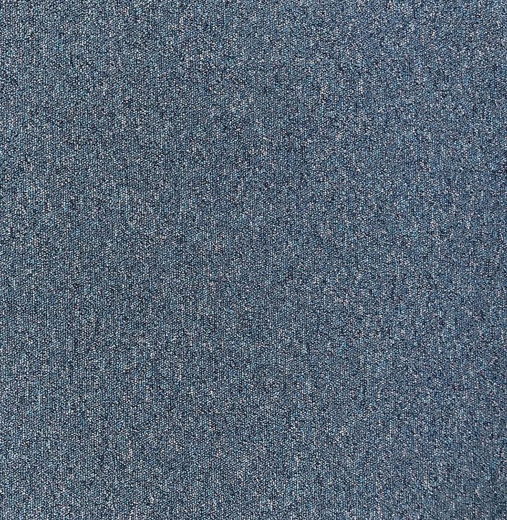 137m2 Heuga 727 blau Teppichfliesen Achtung: 60X60cm - Teppiche - Bild 1