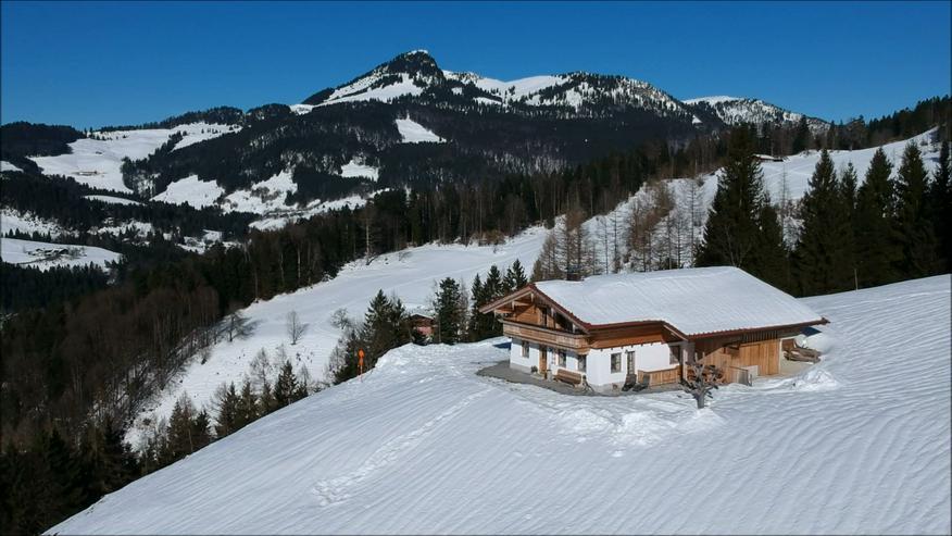 Bild 4: Komfortable Almhütte in traumhafter sonniger Alleinlage in Tirol