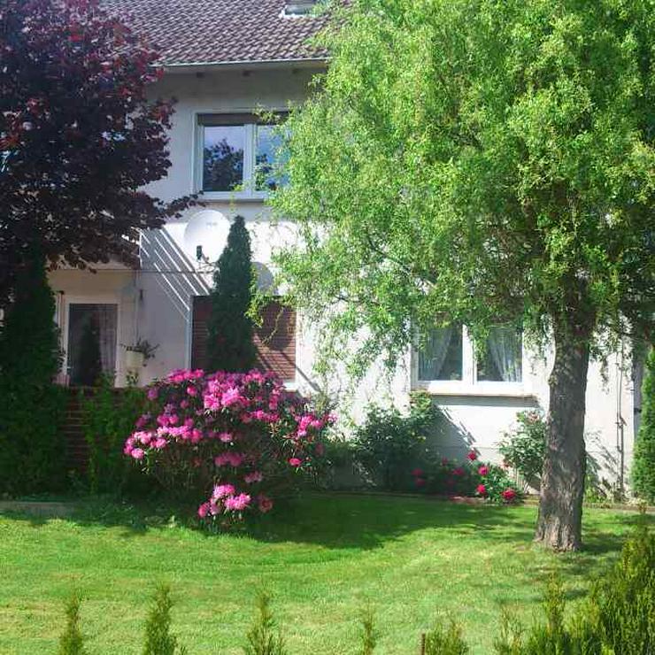 DG.-Wohnung 2 ZKBK Gartensitzecke 54m² ab 01.06.2020 frei.