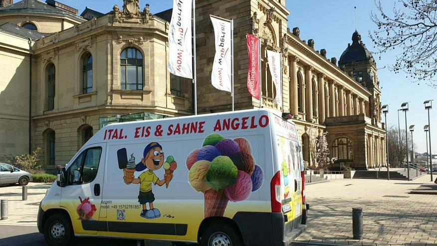 Bild 12: Vanille Eis Sahneeis Erdbeere vom Eiswagen Himbeere Banane Stracciatella Amarena Maracuja Zitrone